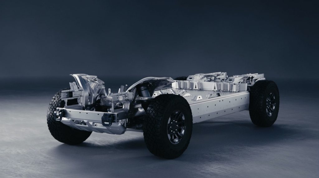 2022 GMC - Hummer EV Pickup - Powertrain 004 - Ultium Battery Pack - Ultium Drive Units - Rolling Chassis