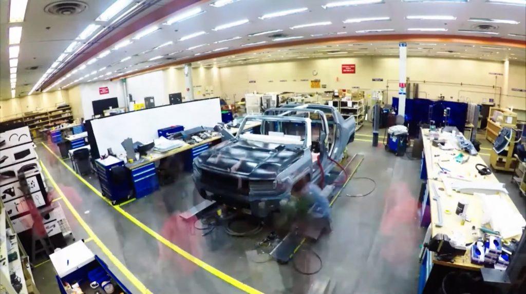 GMC Hummer EV - Debut Reveal Announcement - July 2020 - Teaser Video - SUT - pickup truck - prototype - screen grab 001
